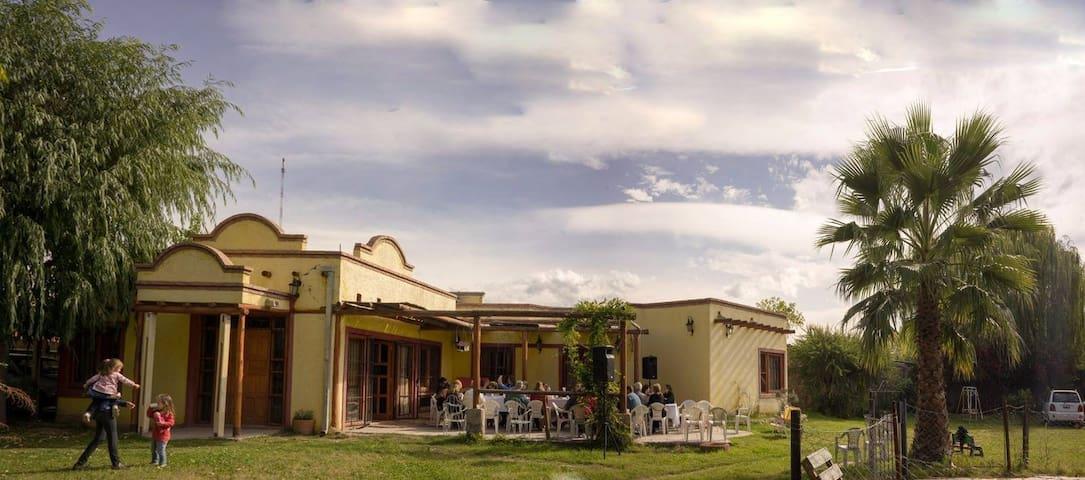 Casa Amarilla para disfrutar - Maipú