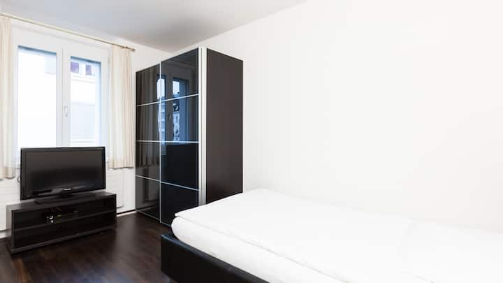 Swiss Star Guesthouse District 3 - Single Room