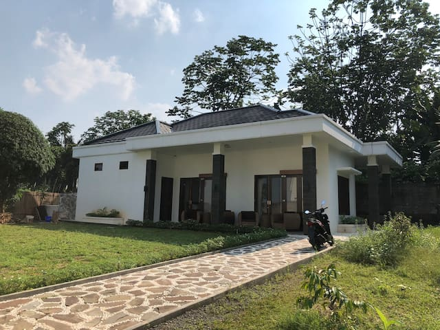 Villa Depok Indah - Jalan Jambu, Depok Lama