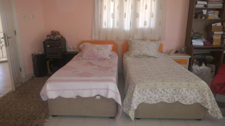 Rental room - Yenişehir - Casa de camp