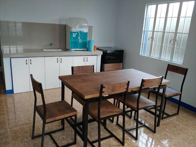 HOUSE 2 BEDROOMS NEAR TAGAYTAY FARM HILLS