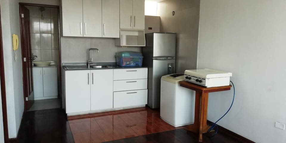 Small Aparment close to Miraflores, for young ones