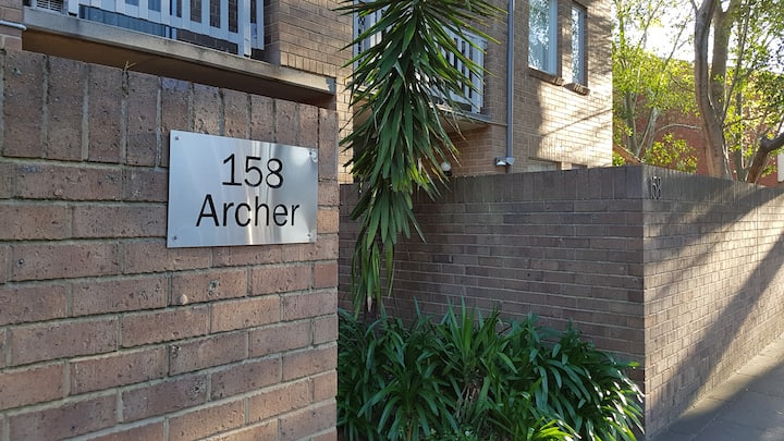 2 Bedroom Self-contained North Adelaide Apartment