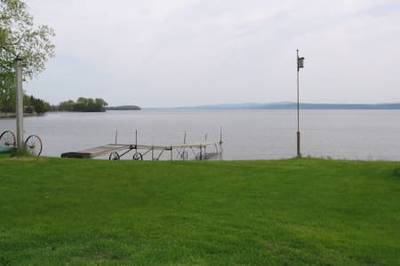 Spacious Lakefront Vacation Home - Grand Isle - House - 1