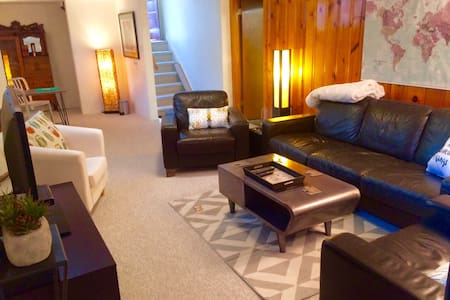 *THE LITTLE FOX SUITE* Perfect Denver Location! - 麦岭(Wheat Ridge) - 独立屋