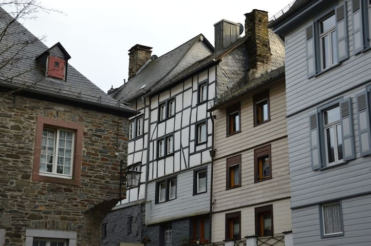 Holiday house 'Monschau Ma Joie' - Monschau