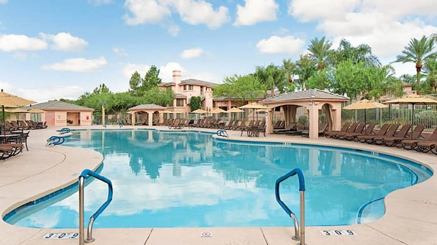 LINKS 1BR -Sleeps 4 near Kierland - Scottsdale - Villa