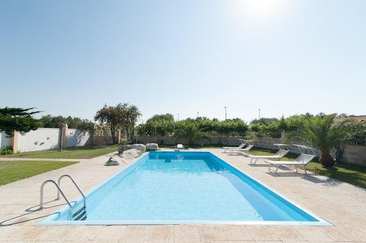 """""""La Chiesura""""tre appartamenti in villa con piscina"""