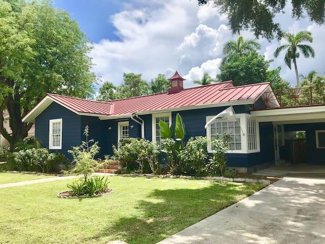 Historic Edison Park Guesthouse