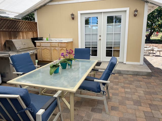 Guest Casita with Patios in North Grover Beach