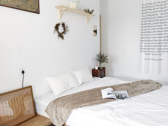 「所谓」 Soway room 4 (近机场,空中自行车道,湾悦城五缘湾湿地公园)