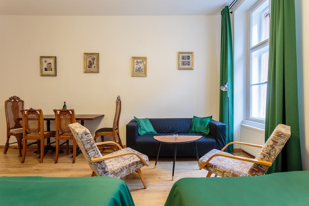 Stylish Retro Apartment in centre of Prague for all History lovers <3