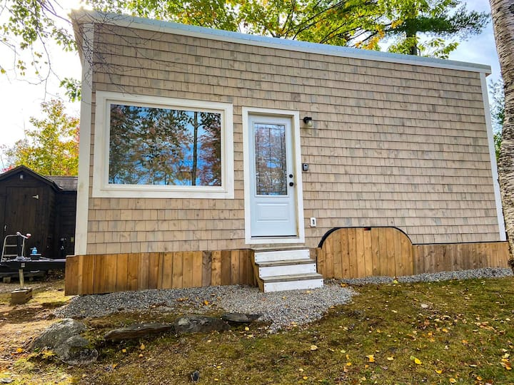 Lakeview Haven Tiny Home - Close to SENSEA SPA