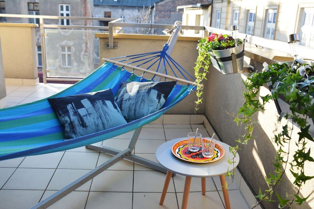 Hammock on the balcony - perfect for the sunny days!