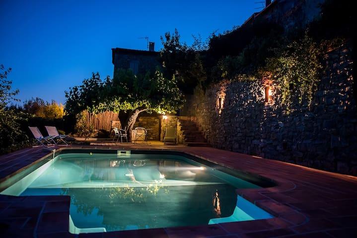 Maison dans les Cévennes avec piscine - Saint Sébastien d'Aigrefeuille - Casa