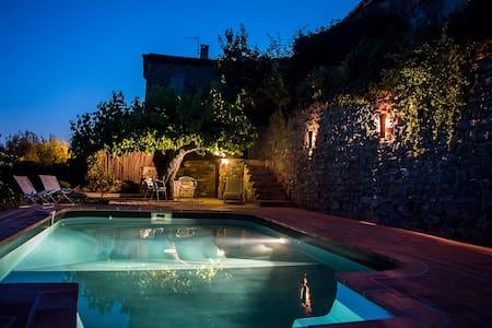 Maison dans les Cévennes avec piscine - Saint Sébastien d'Aigrefeuille