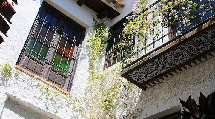 Apartment in old Andalucian house