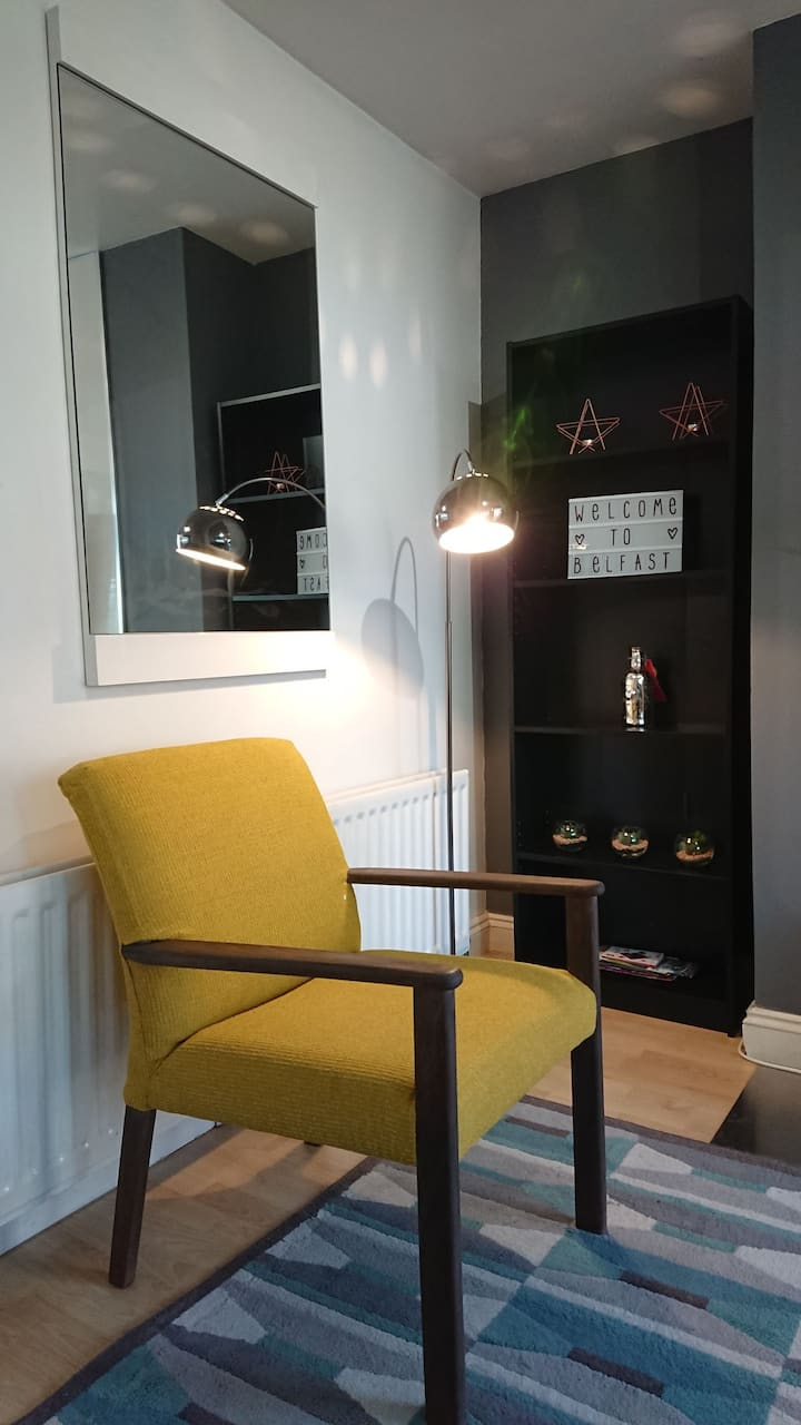 Cosy Stylish Flat. Quiet prime location with WiFi