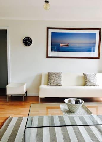 Ben's Beachside Villa - Mornington - Apartamento