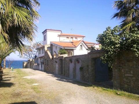 Antico Casale Sul Mare (Patio)