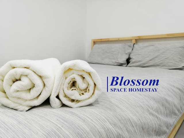 *New / Promotion* Muar SPACE @ room #blossom