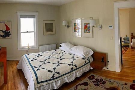 Private room at Jones Hall - Northfield