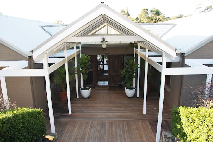 Verandahs at Picketts Valley