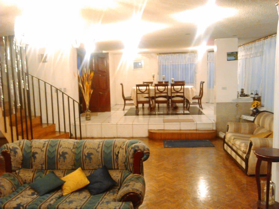 Habitaci n amoblada casa familiar casas en alquiler en for Habitacion familiar en alquiler