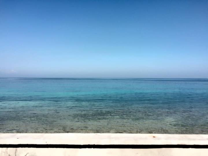 2BR Beachfront Family Suite in Oslob