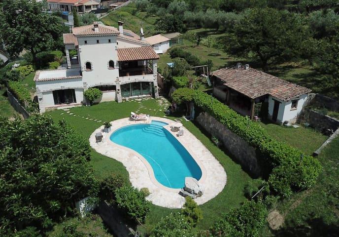 Petite Chambre Privée - Villa Amandine