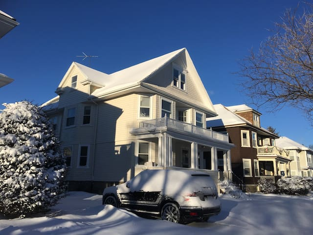 Boston, Entire 2BR unit Private/Quiet/Safe/Conveni - Boston - Casa