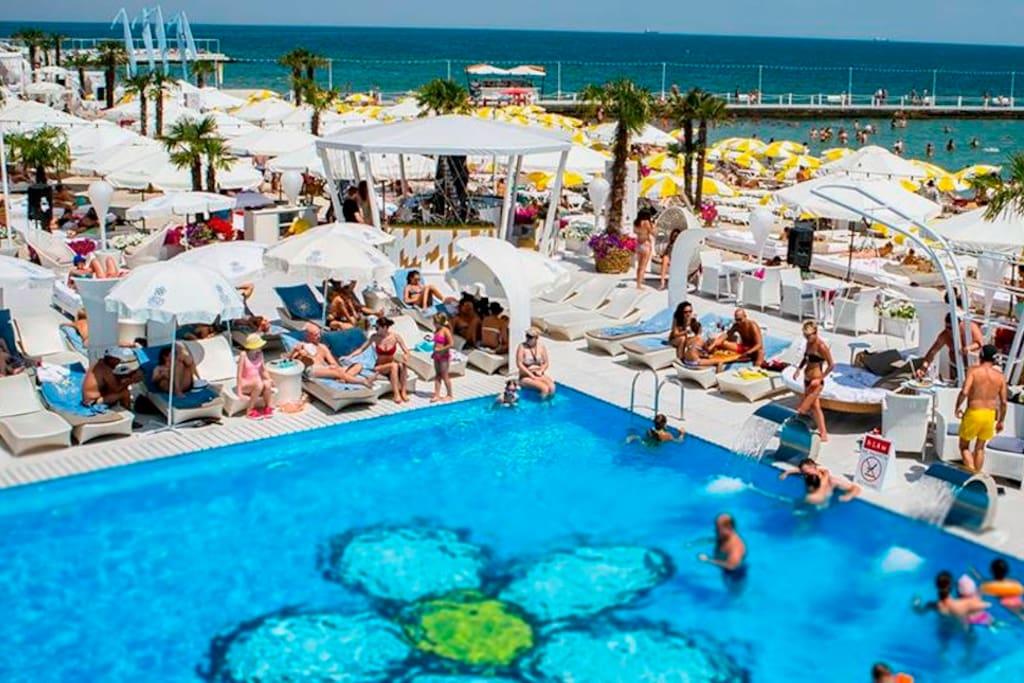 Ibiza bich club
