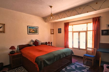 Superior Room · Elegantly Designed Room in Kaza at Deyzor, Spiti