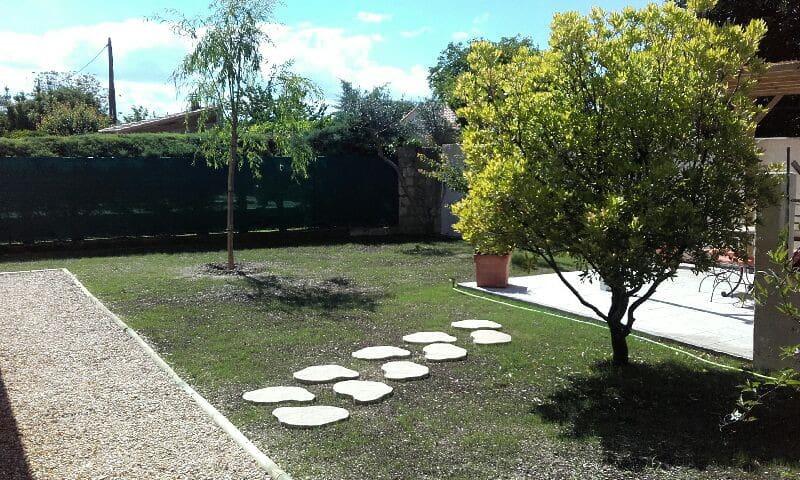 Maison calme et lumineuse - Marsillargues - Casa