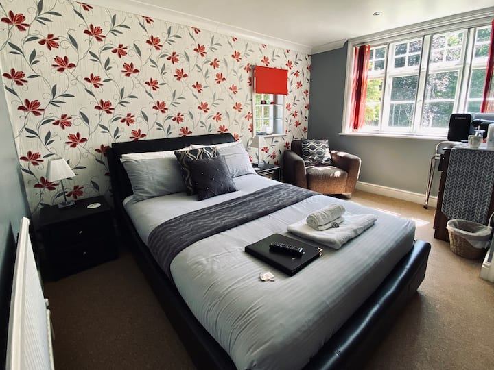 Royal Oak Room with En-suite