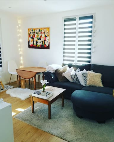 Great appartment 2 min from Paris !