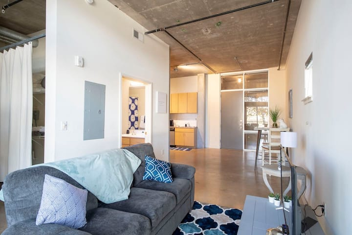 Open Concept Loft near River