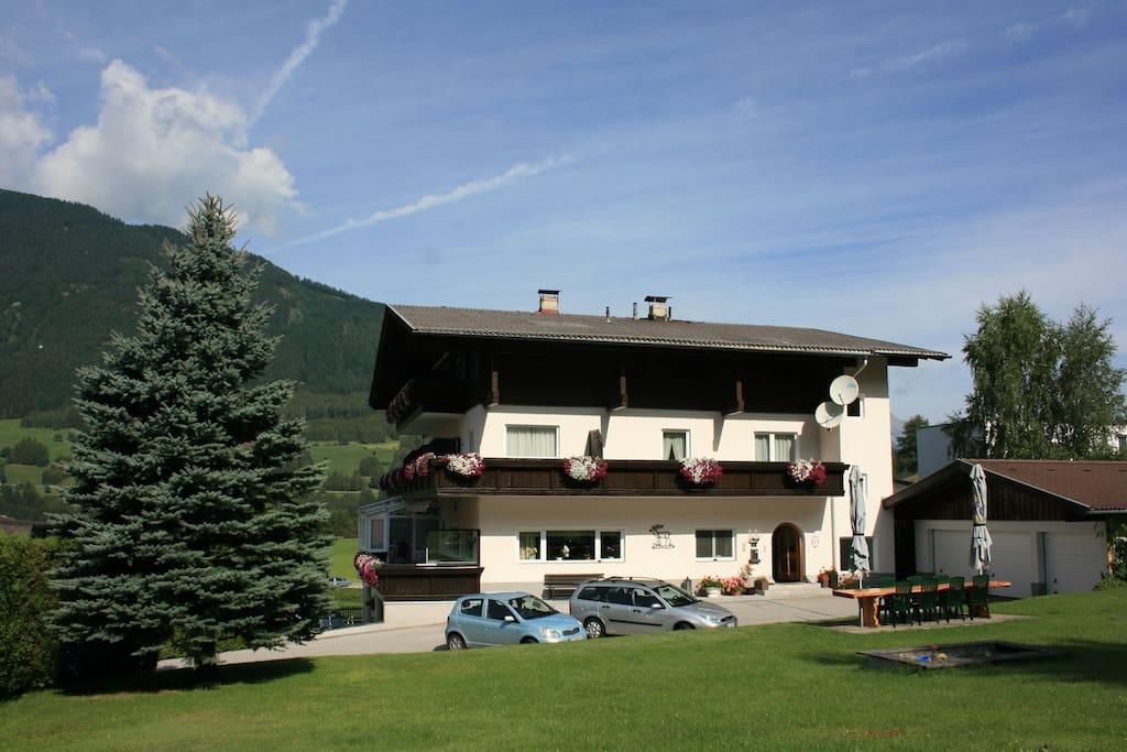 Haus Hubertus mit Garten