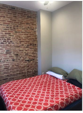 Private one bedroom in charming Butcher Hill