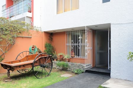 walking distance to city centre - Vallecito - Bed & Breakfast