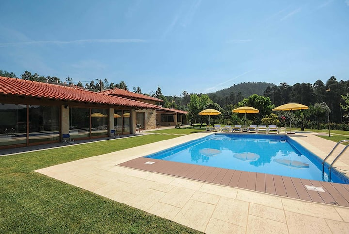 Stunning villa set in beautiful grounds with veiws