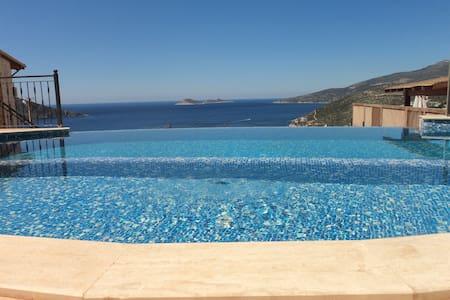 Villa keyfinde uygun tatil için manzaralı  Apart - Kaş