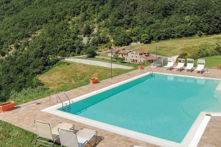 Holiday apartment with 2 bedrooms on 60m² in Sansepolcro AR