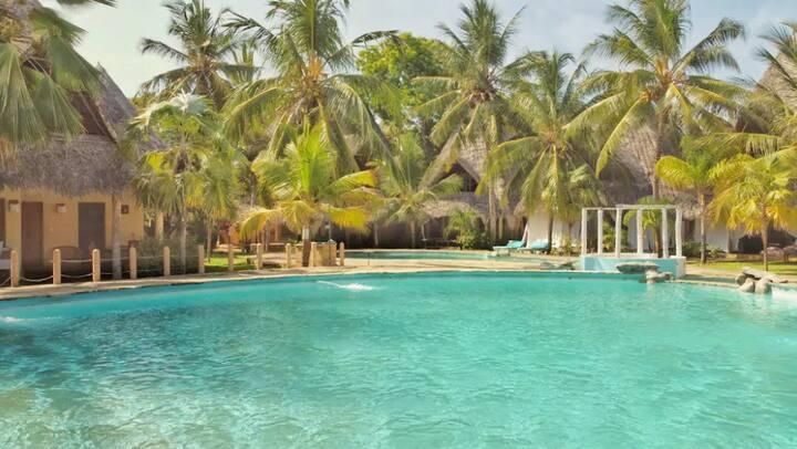 Poolview Paradise near (Kite) Beach