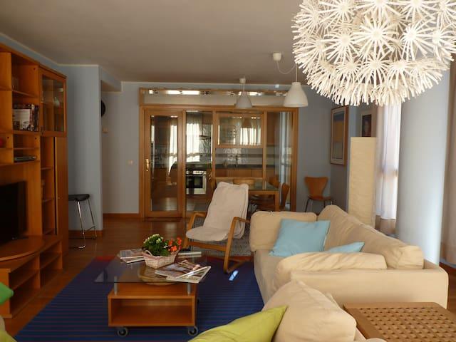 Piso azul - Arévalo - Apartment