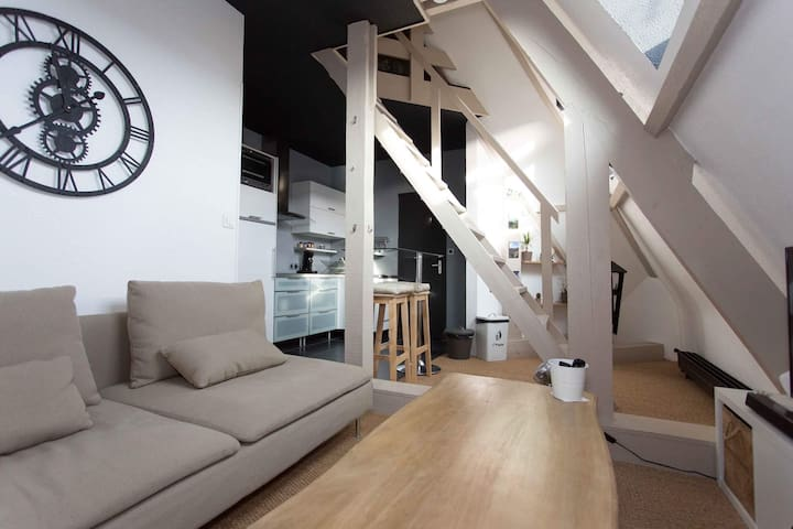 Appartement duplex plein centre Intra muros