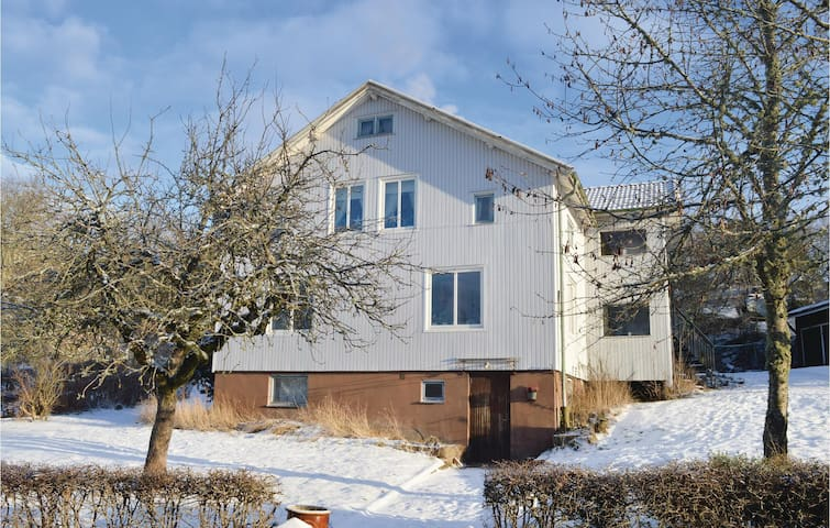 Holiday apartment with 3 bedrooms on 80m² in Uddevalla