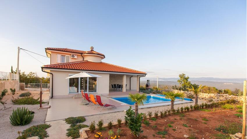 Villa Veglia Krk (Vrh) Croatia