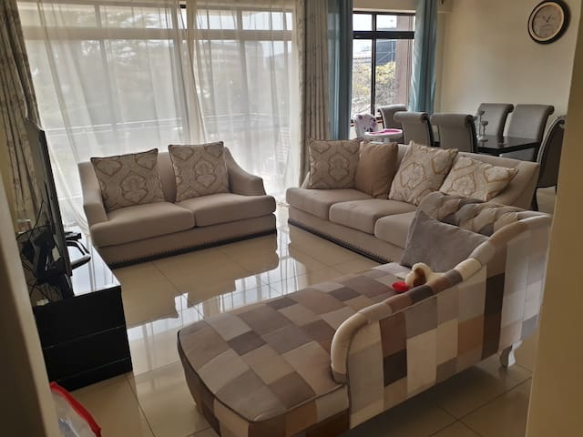 3 bedrooms,Well Furnished Apartment in Westlands.