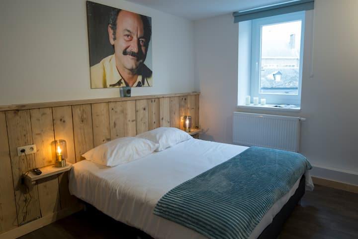 Les chambres du Franc'Off : Centre Ville Spa